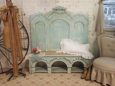 Bench from a vintage bed-- found that slipper chair in a thrift shop this year headboard, cottag, beds, bench, shabbi chic, shabby chic, kitchen, vintag bed, aqua