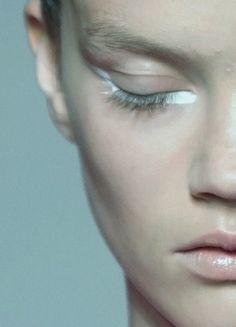 white liner under the eye #makeup