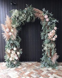 dreamy floral arch i