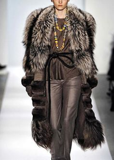 Dennis Basso Fall/Winter 2011/2012 Ready To Wear | New York love the fur and the leather pants.