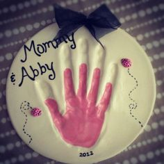 Mommy and child hand print