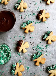 Baileys Irish Cream Cookies. If I have a St. Paddy's Day party this year, I'll have to add these to the menu, with the Guinness chocolate cupcakes.