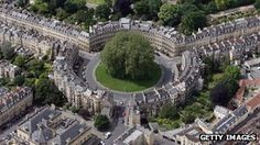 """New traffic management scheme for two Bath roads. An experimental traffic management scheme, which aims to help make Bath a """"walkable city"""", has been announced.    Bath and North East Somerset Council wants to divert traffic away from The Circus and allow it to move more freely on George Street."""