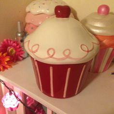 Ideas for my dream cupcake themed kitchen on pinterest for Cupcake themed kitchen ideas