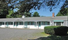 """Mid-Town Motel, Boothbay Harbor, Maine """"A true 1950's classic"""""""
