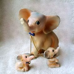 1950s Vintage Pink Elephant Mother and Babies