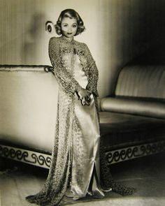 Constance Campbell Bennett was an American actress. Wikipedia Born: October 22, 1904, New York City, New York, United States Died: July 24, 1965, Fort Dix, New Hanover Township, New Jersey, United States Height: 1.62 m Siblings: Joan Bennett, Barbara Bennett Spouse: John Theron Coulter (m. 1946–1965), more