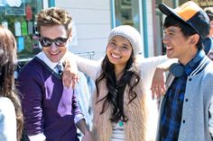 Richard hanging out with other cast members on the AEO Holiday 2013 photoshoot