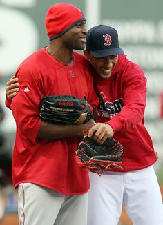 Julio Lugo and Torii Hunter Photo - Los Angeles Angels of Anaheim v Boston Red Sox, Game 3