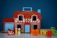 Little People! I miss this dollhouse and I LOVED it!   53 Things Only '80s Girls Can Understand