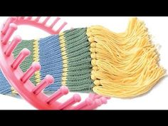 ▶ How to make a scarf on a round knitting loom - YouTube