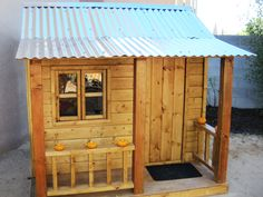 This rental-friendly homemade playhouse can be simply disassembled and rebuilt.