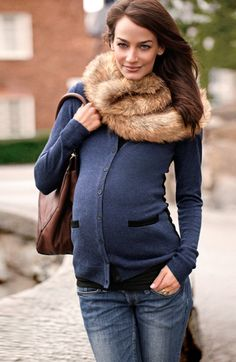 Dress up your basic maternity clothes with a chic faux-fur scarf. (Get your basic maternity clothes at MotherhoodCloset.com #Maternity #Consignment for 1/2 the retail price)