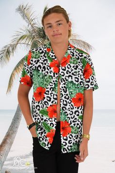 Let your festival style sparkle in this wicked 'Party Animal' Shirt! 🌺Available in the new stretch material for maximum comfort. Camp collar, chest pocket and coconut buttons. Matching Shorts Available! #partyshirt #festivalshirt #hawaiianshirt #hawaiianshirts #alohashirt #loudshirts #loudshirt #partyshirt #partyshirts #holidayshirt #shirtseason #festivalshirt #4waystretch  #summershirts #festivalfashion #mensshirt #partyanimal