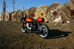 Moto Guzzi V35 απo Adrenaline junkies