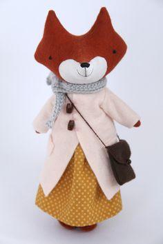 Image of RESERVED for Bridget: Midi fox Sissil
