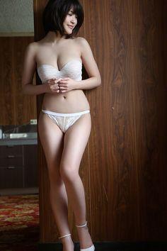 Asuka Kishi.