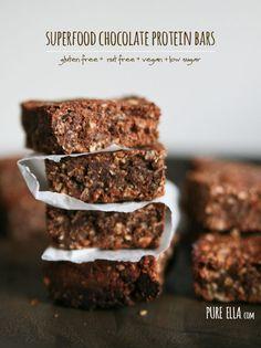 Superfood Chocolate Protein Bars : gluten-free, nut-free, vegan, low sugar