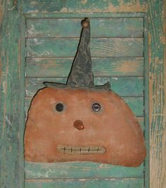 """Primitive Pumpkin Head wall hanger (can be used as a """"leaner"""" too!)."""