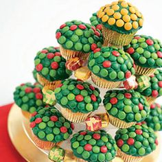 @Kathleen S S DeCosmo ♡❤ #Cupcakes ❤♡ ♥ ❥ Cupcake Christmas Tree