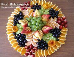 fruit kaleidoscop, fruit carvings, fruit platters, fruit platter display, fruit dips, healthy foods, food garnishes, fruit arrangements, fruit trays