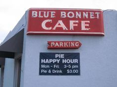 Good food and a Pie Happy Hour to boot...what's not to love about the Blue Bonnet Cafe in Marble Falls? Quite possibly the wait! But oh, it's worth it!!