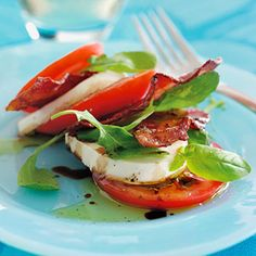 BLT SALAD Theres no bread in this BLT. Just layer turkey bacon, arugula, tomatoes, fresh mozzarella, and basil, then eat with a knife and fork for dinner.