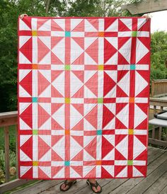 Rosy Windows Quilts, pattern from Vintage Quilt Revival : Fresh Lemons Quilts vintage quilts, traditional quilts, rosi window, color, quilt patterns, shades of red, quilt blocks, window quilt, fresh lemon