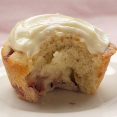 Strawberry Cupcakes with White Chocolate Icing Recipe
