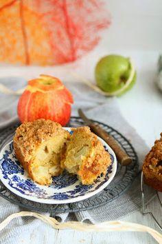 Spelt Streusel Apple Bread