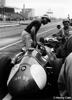 1957 British grand prix (AKA Grand prix d'Europe) , Aintree. JM Fangio .. Maserati , retired engine .