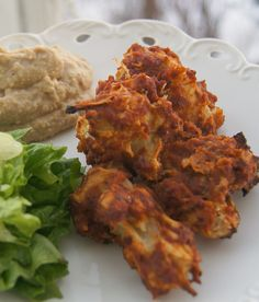 Vegan Cauliflower BBQ Wings with Cashew Blue Cheese Dip #vegan #entree