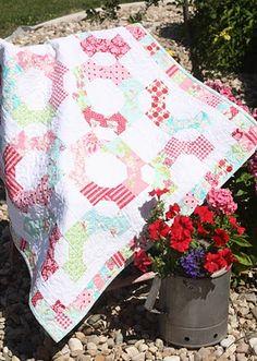 Quilt Taffy: Sunday Best Schnibble Quilt