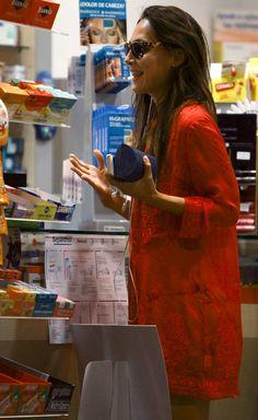 Tamara de compras por Ibiza