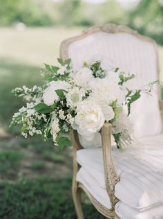 Classic elegant white wedding ideas