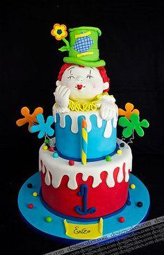 Clown birthday cake by Design Cakes, via Flickr