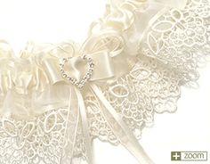 3. Something handmade #modcloth #wedding lace garter.
