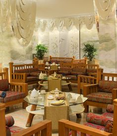 Jumeirah Messilah Beach Hotel & Spa, Kuwait - Arabesque Middle Eastern Cafe & Terrace