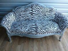 I do love zebra print