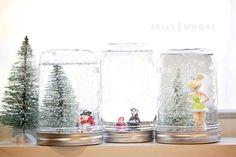 12 DIY Day's of Christmas: Day 5  Homemade Snow Globes  http://kellymoorebag.com/blog