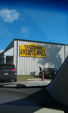 Great antique mall, in Wildwood Florida.