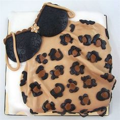 lingeri shower, leopard lingeri, shower cakes, lingerie shower, bridal shower cake lingerie