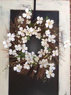Love this wreath for the front door..