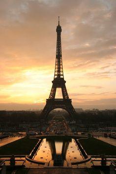 Beautiful shot of the Eiffel Tower