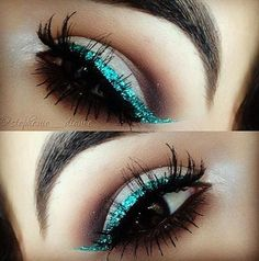 eye makeup, cat eyes, blue, color, teal