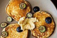 Ricotta Hotcakes with Maple Butter  | Calling all conscious foodies @ foodiehaven.com