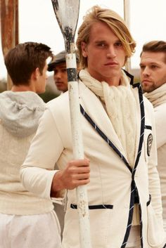 Mmmm, hell yeah, love the English rowing team style!  XD