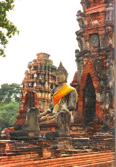 Ruins of Ayuthaya, Thailand