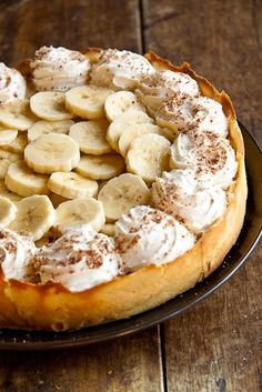 TOP 10 Delicious pies- Banana Cream Pie. #pie #pies