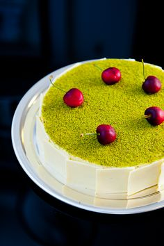 Cheesecake Mosaïc, from Zen Can Cook, an unusual dessert that features pistachio. Cook, Sweet, Pierr Hermé, Cheesecakes, Food, Hermé Recip, Cheesecak MosaïC, Cheesecake Recipes, Dessert